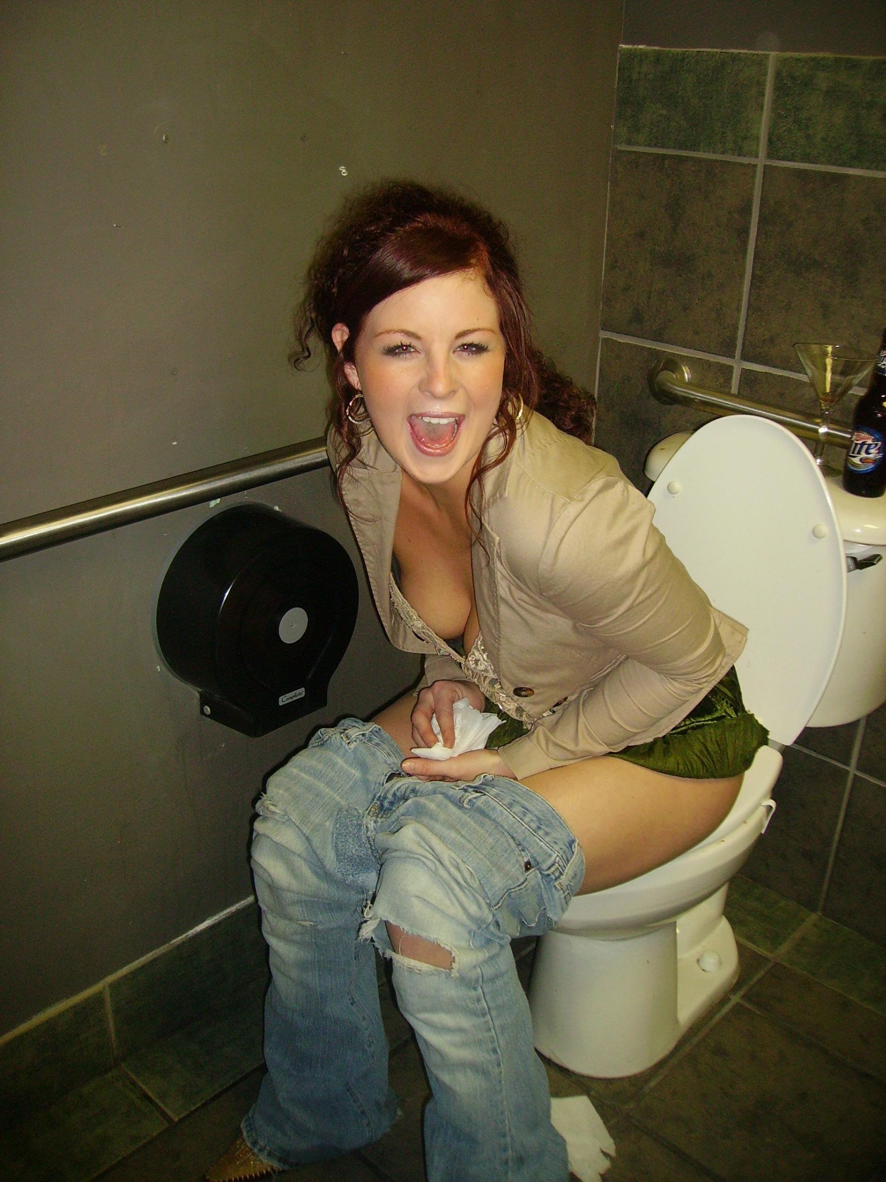 Фотки в туалетах какают бесплатно 27 фотография